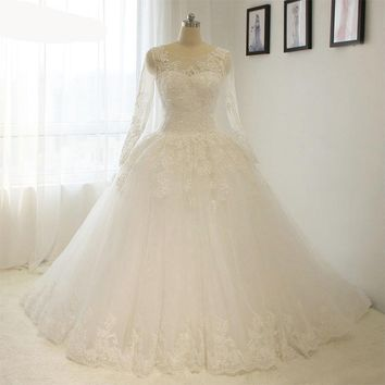 Elegant Simple Long Sleeve Wedding Dresses with Lace Puffy Low Back Bridal Gowns