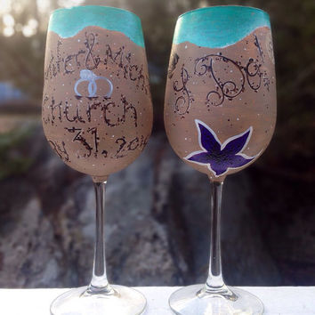 Hand painted wedding/engagement beach wine glasses (set of 2)