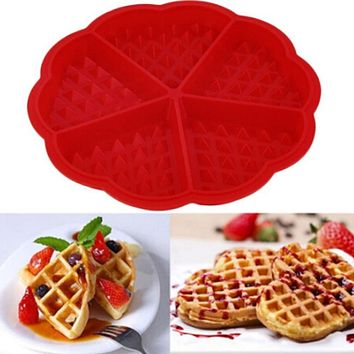 Silicone Waffle Mold Maker Pan Microwave Baking Cookie Cake Muffin Bakeware Cooking Tools Family Kitchen Accessories Supplies