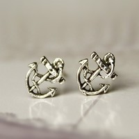 Silver retro anchor earrings