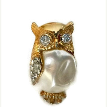 70's Rhinestone Owl Brooch Pin Faux Mother of Pearl Cabochon Gold Vintage Owl Jewelry 1970s Boho Chic Fashion Jewellery