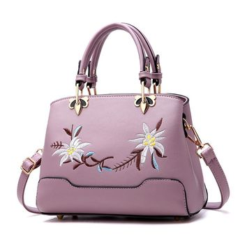 PU Leather Shoulder Bag Classical Flower Embroidery Women Messenger Bags Superior Delicacy Ladies Handbag Cross-body Tote Bag