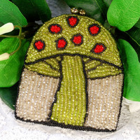 Vintage Beaded Coin Purse, Change Purse, MAGIC MUSHROOM, Glass Seed Beads, Silver Black Green Red, 1960s Hippie Groovy Accessory