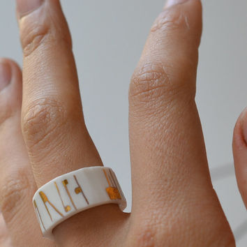 Sanaga, porcelain ring, glazed and painted with gold, one of a kind (OOAK), Porcelain jewelry
