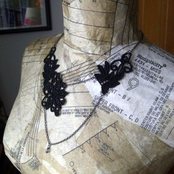 black lace necklace vintage tango