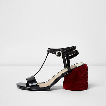 Black T-bar red faux fur block heel sandals - Sandals - Shoes & Boots - women