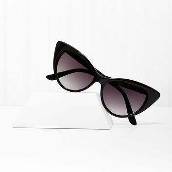 Mood Swing Cat Eye Shades - Black