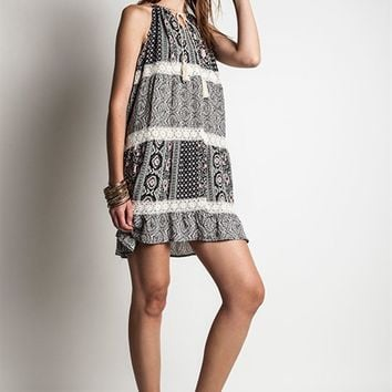 Umgee Black Printed Sleeveless Trapeze Dress with Lace Trim