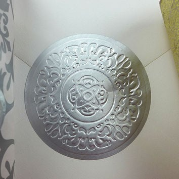 "500pk Round Silver Medallion Embossed Decorative 2"" Wedding Invitation Stickers"