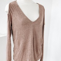 PLUS SIZE CUT OUT SHOULDER TOP- MAUVE