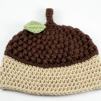 Crochet Acorn Hat // Acorn Baby Hat // 3 to 6 Months // Tan and Brown Acorn Hat with Leaf