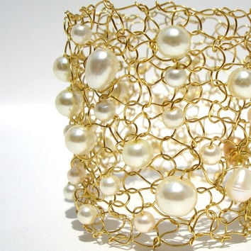 Golden Holiday Bracelet / Ivory Champagne Pearls / Elegant Hand Knit / Wire Cuff