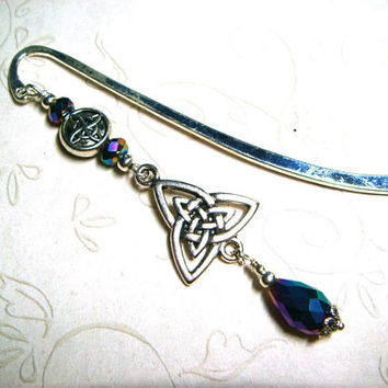 Triquetra Bookmark, Celtic Knot, Viking, Trinity Knot, Iridescent Blue Purple Green Crystal, Teacher Appreciation Gift, Irish Love Knot