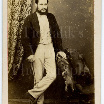 CDV Carte de Visite Photo Victorian Bearded Handsome Man, Dinner Jacket, Pale Striped Trouser Portrait - E Derwett of Guildford Surrey