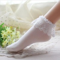 Fashionable Lovely Cute Vintage Lace Ruffle Frilly Ankle Socks