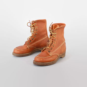 Vintage 60s BOOTS / 1960s Golden Brown Leather Lace Up Crepe-Sole Work Boots 6