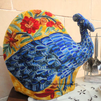Peacock Quilted Tea Cozy/Embroidered Tea Cozy/cosy/Christmas gift idea/Cover teapot/Teapot Cozy/tea cozy/Bird tea cozy/custom made tea cozy