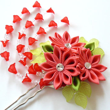 Coral Red Kanzashi fabric flower hair fork.  Red kanzashi flower hair U pin. Japanese hair fork. Kanzashi hair stick. Oriental hair pin.