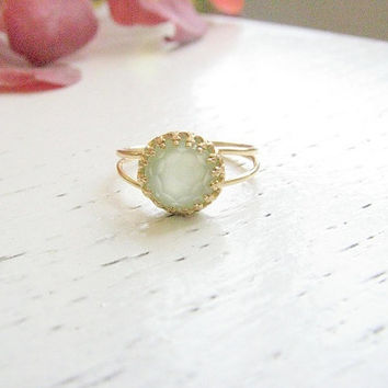 Jade ring, Gold ring, Green jade ring, stacking ring,  vintage ring, bridal jewelry