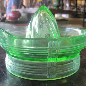 1960's Hazel Atlas Green Vaseline Glass Criss Cross Reamer Juicer