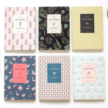 2016 Iconic Lively pattern dated diary scheduler