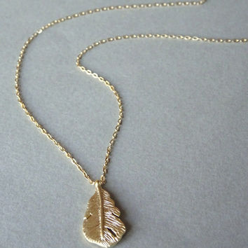 Long Gold Necklace, Gold Necklace, Feather Necklace, Simple Gold Layering Necklace, Long Necklace, Gold Jewelry, Long Gold Feather Necklace