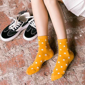Womens 5Pcs Stars Socks Gift 01