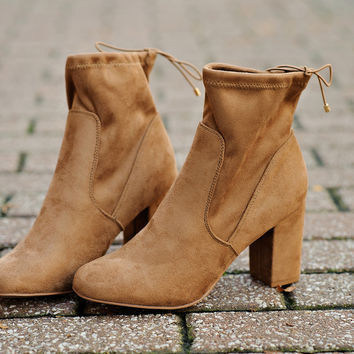 Chinese Laundry Kyla Suedette Ankle Boot : Camel