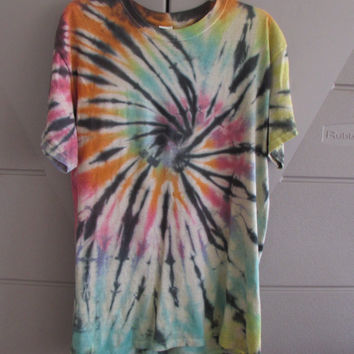 Size Large Coloful Tie Dyed Unisex Tee Shirt With Black Stripes and Tan Underneath