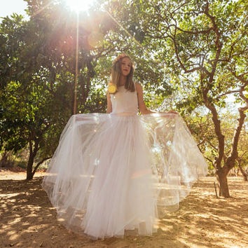 Mormon wedding dress, Grecian wedding dress, Nigerian wedding dress, Poofy wedding dress, Tulle wedding dress boho chic, Jasmin water