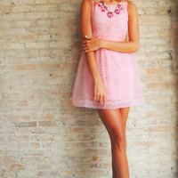 Lace Cameo Dress - Pink