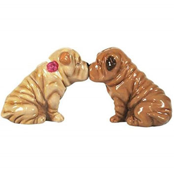 2.75 Inch Shar Peis Kissing Figurines Salt and Pepper Shakers