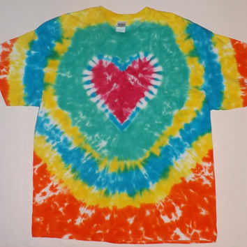 2XL - DOUBLE SIDED Tie Dye Heart T-Shirt