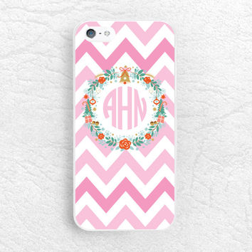 Christmas Monogram Phone Case for iPhone 6/6s, Sony z1 z2 z3 compact, LG G4 G3, HTC M9, Holly Wreath personalized name custom chervon case