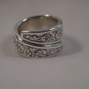 A Stunning Spoon Ring Size 8 1/2 Wrap Style Handmade Hippie Rings t713
