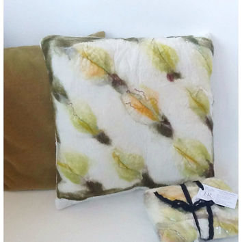 Iris & Rose Felted White and Green Leaves Silk Velvet 18 Inch Zippered Pillow Cover