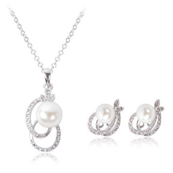 Rhinestone Faux Pearl Cut Out Oval Necklace and Earrings