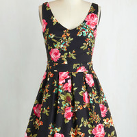 Mid-length Sleeveless Fit & Flare Bookmaking Brunch Dress in Black