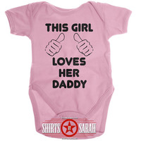 This Girl Loves Daddy Creeper Baby One Piece Bodysuit Baby Girl's Hands Pointing Onesuit Cute