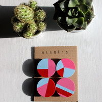 Geometric wooden magnets (red, pink, blue)