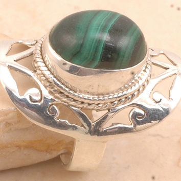 Trendy Malachite in 925 Sterling Silver Ring