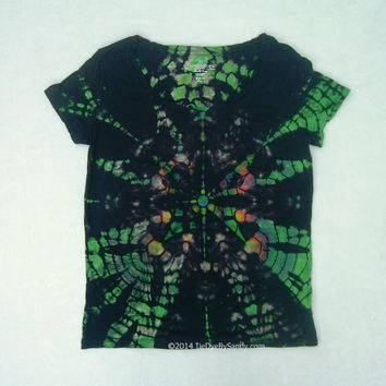Medium Women's Scoopneck Tie Dye Shirt- Black and Green Kaleidoscope