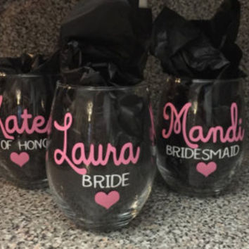 1 Stemless Wine Glass/ Bridal Party Wine Glasses/ Bridesmaid Gifts/ Custom Wine Glass