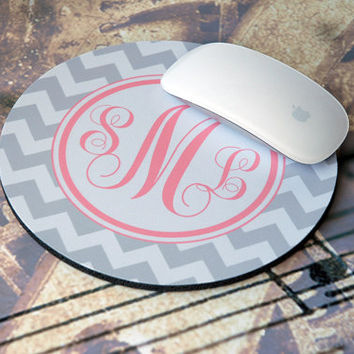 Monogram Mousepad, Custom Mousepad, Personalized Mousepad, Computer Mouse Pad, Chevron Mouse Pad, Round Mouse Pad Pad, Gray + Coral