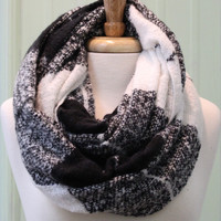 Checker Infinity Scarf {Black+Cream}