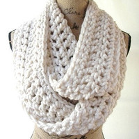 Fisherman Winter White Cream Chunky Scarf Fall Winter Women's Accessory Infinity