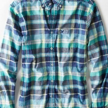 AEO Men's Madras Plaid Button Down Shirt