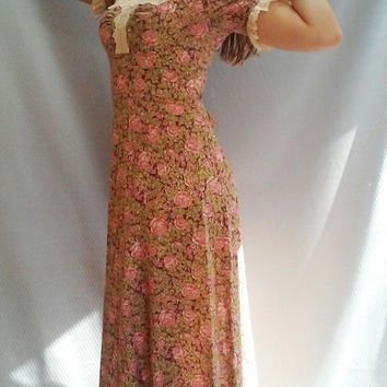 SALE 70s MAXI Dress Floral 60s pink Ditsy LACE collar Empire Waist Bohemian Hippie Medium