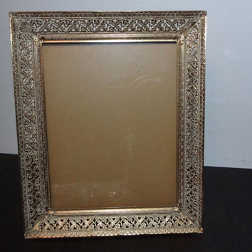 Vintage Antiqued Ornate 8 x 10 Footed Whitewashed Gold Tone Metal Filigree Picture Frame - Floral Design - Hollywood Regency/Shabby Chic