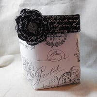 Lovely Black and White French Fabric Basket With Detachable Fabric Pin